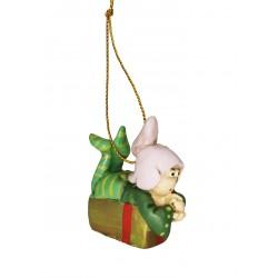 elfo sdraiato su pacco