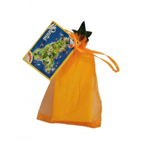 Sapone 100 gr in sacchetto d'organza con cartoncino personalizzabile e fogliolina